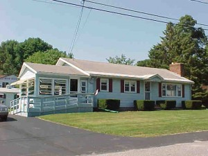 40 Dyer Ave Salem NH
