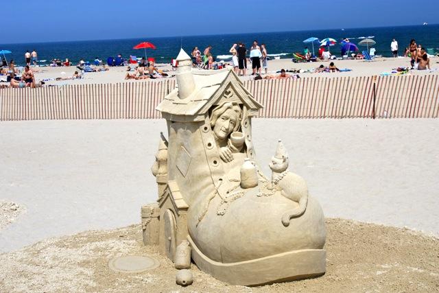 Hampton Beach Nh Sand Sculpture Compeion 2017